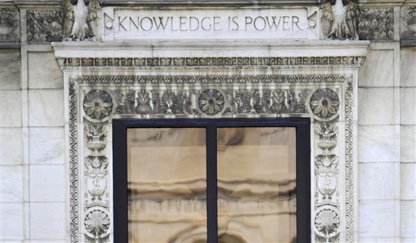 FBI raids Detroit Public Library main offices