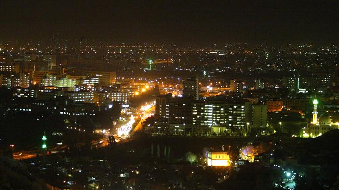 Huge blast rocks Damascus military airport