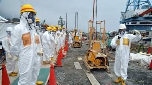 fukushima-workers-contaminated-radiation.si