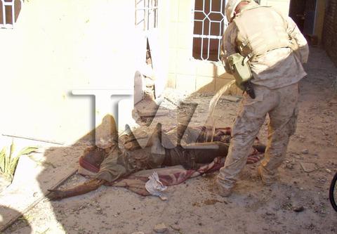 iraq-soldier-bodies-on-fire-marine-investigation-photos-03-480w