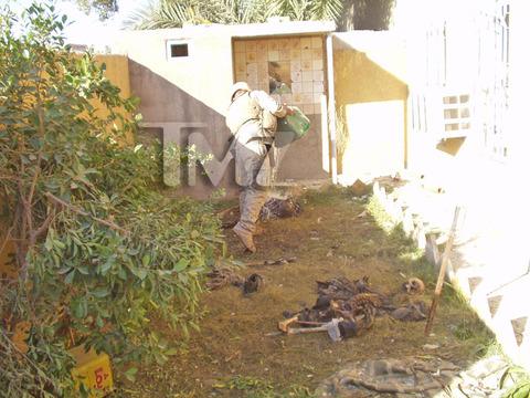 iraq-soldier-bodies-on-fire-marine-investigation-photos-06-480w