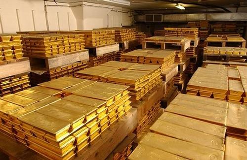 Американские регуляторы расследуют манипуляции на рынке золота