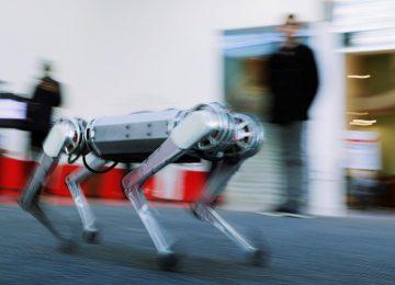 Mini 'cheetah' robot learns to do backflips & withstand kicks….