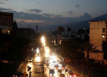 Blackout shuts down Venezuela's oil exports
