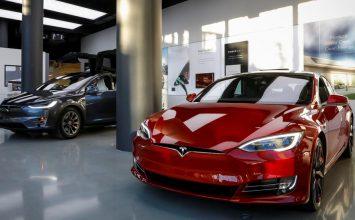 Big Oil scrambles to cut Tesla's lifeline