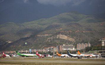 Washington orders suspension of all flights between US & Venezuela