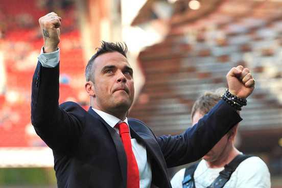 Robbie Williams to turn island into UFO spotting base