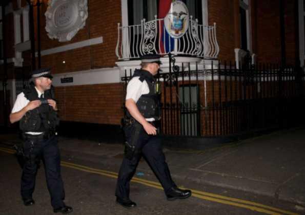 Julian Assange facing arrest for breaching bail conditions