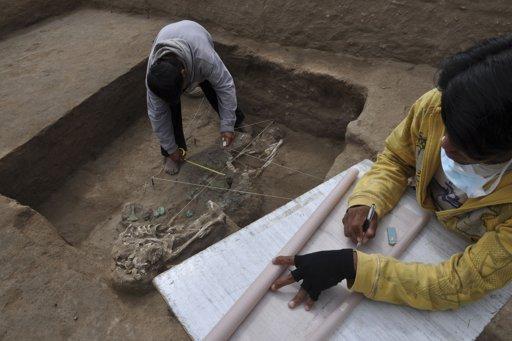 Underwater Tomb Found in Peru