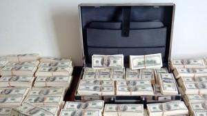 afghanistan-cash-corruption-karzai-si-1