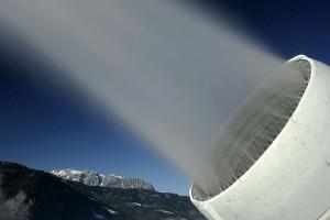 artificial-snow-1