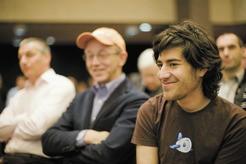 Reddit cofounder: Aaron Swartz commits suicide?